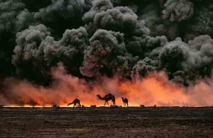72.Kuwait-Oil-Fire